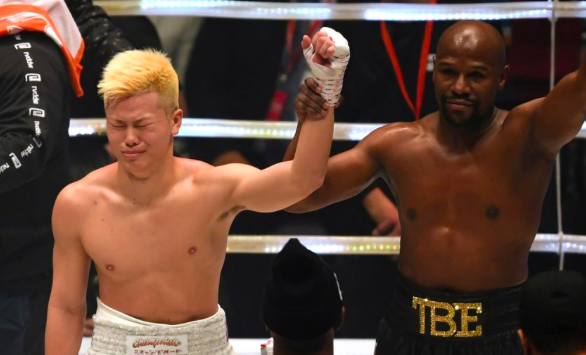 Mayweather should fight a young gun welter instead of newbies like Nasukawa.