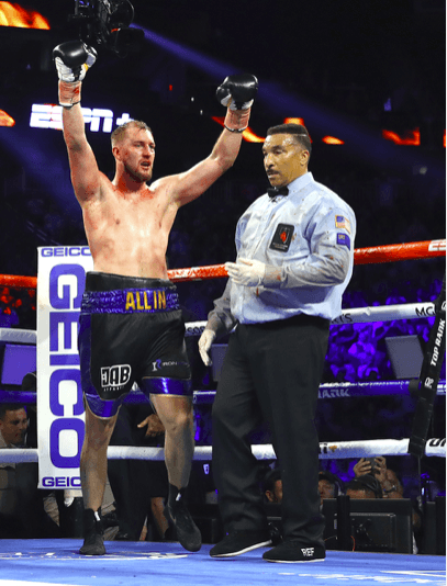 Otto Wallin surpassed expectations for most pundits and fans on Sept. 14, versus Fury. (Mikey Williams picture)