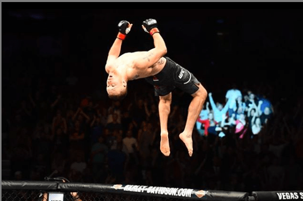 Justin Gaethje is the number four lightweight in UFC, as of April 2020.