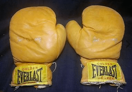 Everlast started in 1910, and is today the preeminent brand in boxing equipment and apparel.